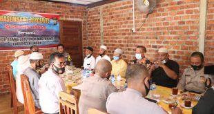 Besambang Bercerite Kapolres Lingga Bersama Tokoh Agama dan Tokoh Masyarakat Kabupaten Lingga
