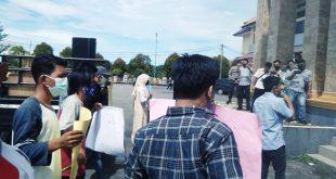 Mahasiswa Kembali Gelar Unjuk Rasa Ke Kantor Walikota Subulussalam