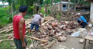 Diamuk Angin Puting Beliung, Dapur Milik Warga Rata Dengan Tanah