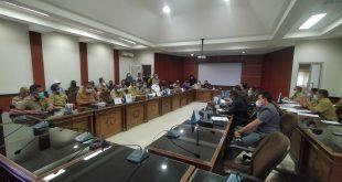 DPRD Belitung Tindak Lanjuti Mediasi Terhadap Surat Yang Di Sampaikan Ketua Koordinator Forum Masyarakat Peduli Lahan Fasum Desa Air Ketekok