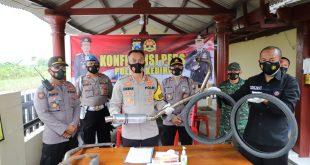 Petugas Gabungan Menertibkan Ratusan Para Pembalap Liar Di Kec. purwoasri Kab. Kediri